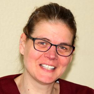 Frau Svenja Hoechst